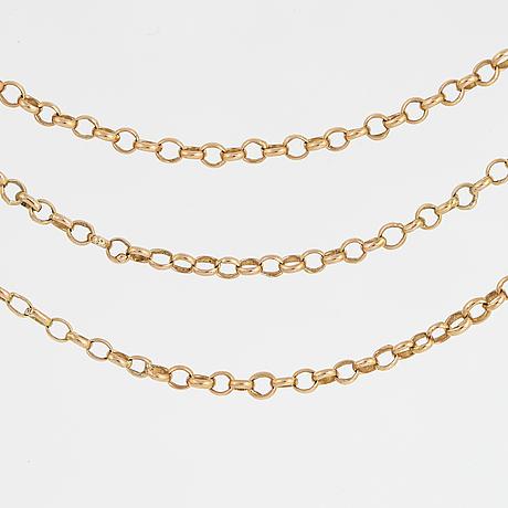 18k gold chain.