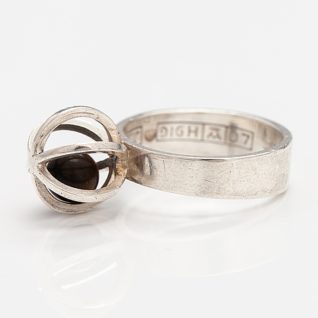 Elis kauppi, a silver ring with a tiger's eye. kupittaan kulta, turku 1967.