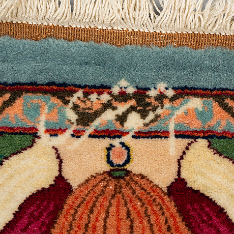 A carpet, persian figural, signed kafashzadeh, ca 306 x 205 cm.