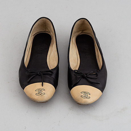 Ballerinas by chanel, size 38.
