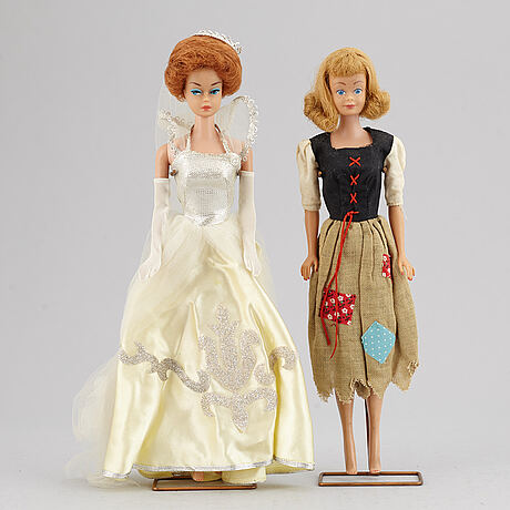 A set of two 1960's barbiedolls with accessories, mattel.