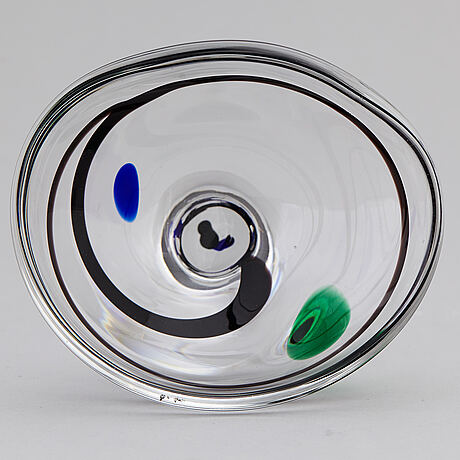 Vicke lindstrand, an 'abstracta' glass bowl from kosta, 1950's.