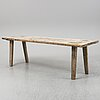 A pine table from the 18th-/19th century.