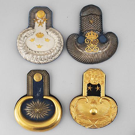 EpÅletter, 4 par samt 8 enkla, svenska, 1800-tal.
