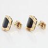 18k gold cufflinks.