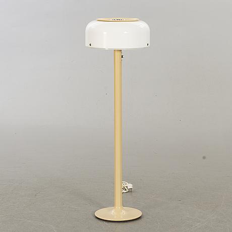"""Anders pehrson, golvlampa, """"knubbling"""", atelje lyktan, Åhus, 1900-talets andra hälft."""