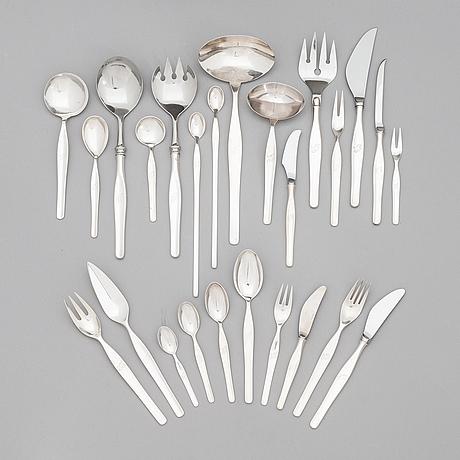 Tapio wirkkala, a 152-piece set of 'tapio' silver cutlery, kultakeskus, hämeenlinna 1963-1998.