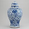 A blue and white jar with cover, qing dynasty, 18th century.