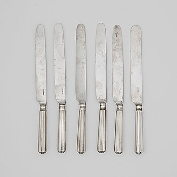 216. A set of six Swedish early 19th century silver dinner-knifes, mark of JW Zimmerman, Stockholm 1801.