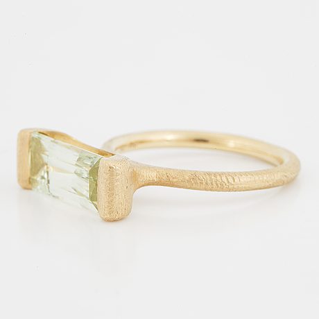 "Dulong, a faceted aquamarine ""future"" ring."