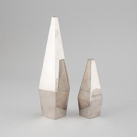 A swedish 20th century silver vase and salt-caster, ainar axelsson, gab, stockholm 1956-1957.