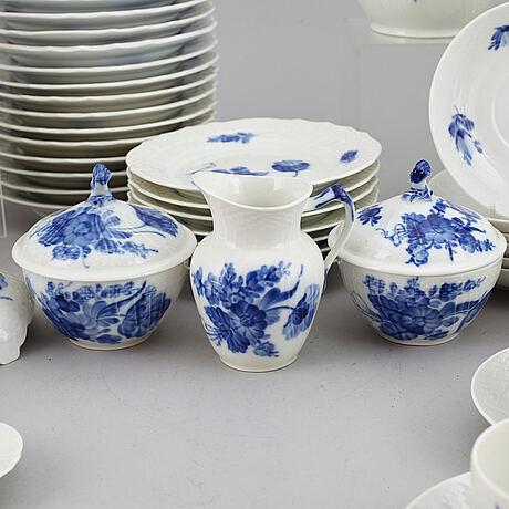 Royal copenhagen, a 'blå blomst' part coffee and tea service, denmark (75 pieces).