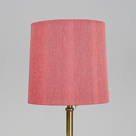 Josef frank, a model 2326 floor light, firma svenskt tenn.