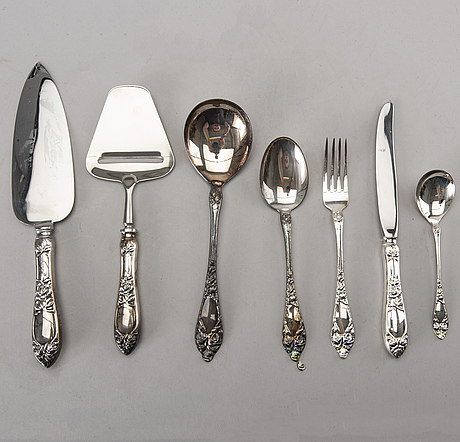 A set of silver cutlery for 12 persons, 67 pieces. total weight incl steel blades app. 2600 gram.