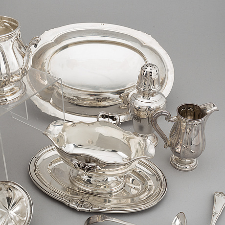 A french 20th century silver 950/1000 service, marked ec, paris.