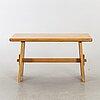 A carl malmsten 1930/40:s pine dining table for svensk furu.