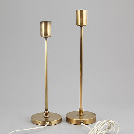 A pair of josef frank table lamps, model no 2332/2. firma svenskt tenn.