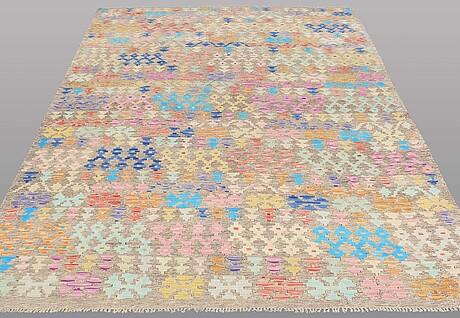 A carpet, kilim, ca 287 x 198 cm.