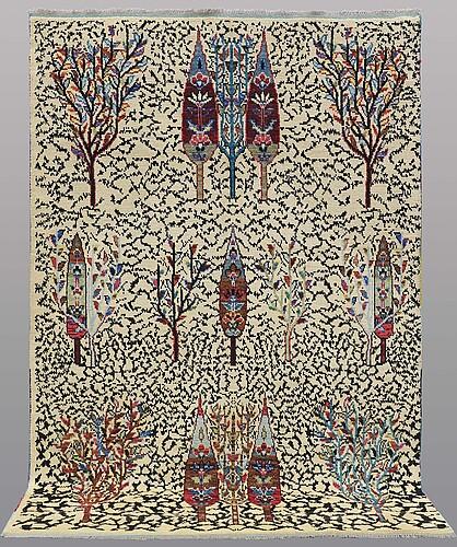 A carpet, oriental, ca 292 x 195 cm.