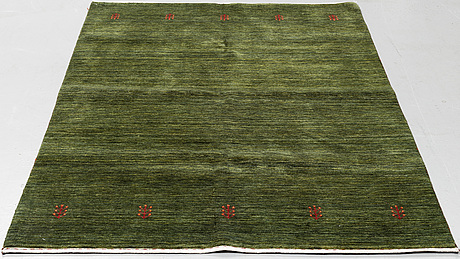 Matta. orientalisk, ca 202 x 143 cm.