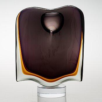 TIMO SARPANEVA, an 'Angle' sculpture signed Timo Sarpaneva, Studio Pino Signoretto, Murano 1999.