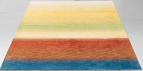 Matta, orientalisk, ca 235 x 176 cm.