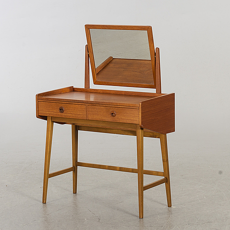 A 1950's dressing table.