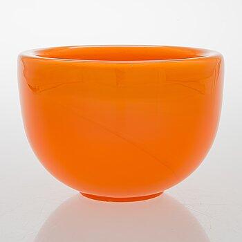 TIMO SARPANEVA, a bowl from Heal's series, signed Timo Sarpaneva, Iittala.
