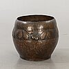 An early 20th century copper flower pot.