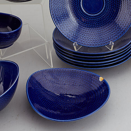 A hertha bengtsson rörstrand dinner service, 20th century. (16 pieces).