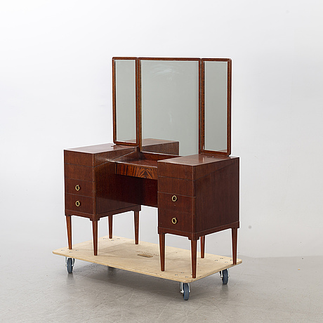 A mid 20th century dressing table.
