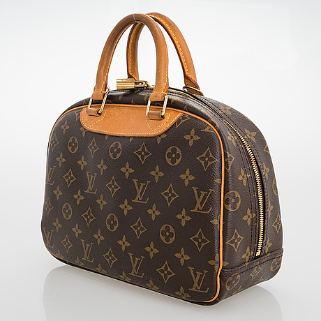 Louis vuitton deauville bag.