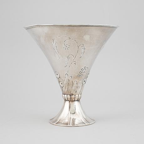 A silver vase, maker' mark k. andersson, stockholm, 1931.