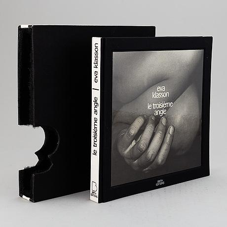 Eva klasson, photo book,  'le troisième angle' 1976.