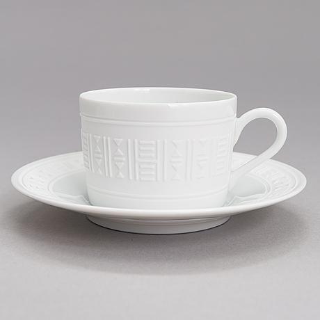 """HermÈs, servis, 53 delar, """"egee"""", porslin, tidigt 2000-tal."""