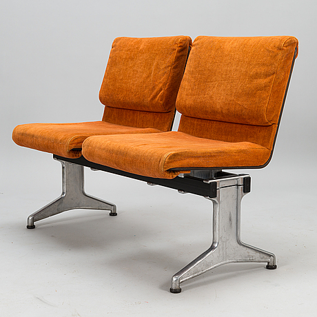 YrjÖ kukkapuro, a 1970's sofa for haimi.