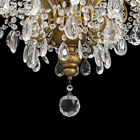 A chandelier, late 20th century.