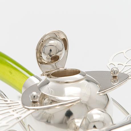 """Oljekanna """"grön slända"""", sterling silver, glas. ru runeberg 2015."""