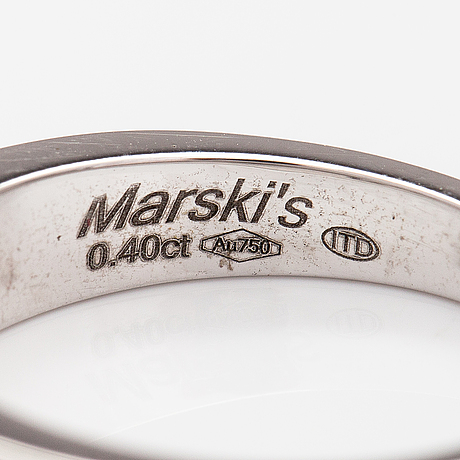 An 18k white gold ring with diamonds ca. 0.40 ct in total. marski's.