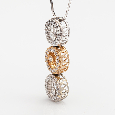 An 18k white and yellow gold necklace with diamonds ca. 0.33 ct in total.