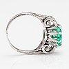 Ring, platina, smaragd ca 1.90 ct och diamanter ca 0.35 ct tot.