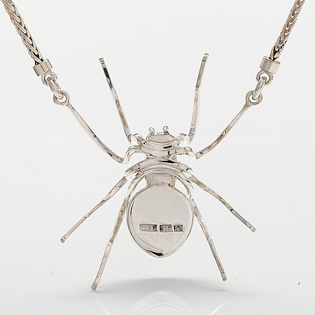 """A sterling silver necklace """"spider"""" with dichroich glass. ru runeberg 2019."""