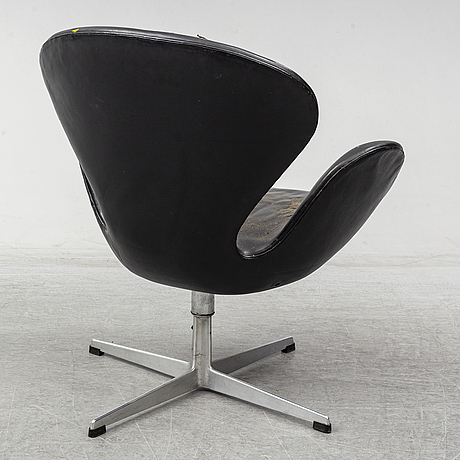 Arne jacobsen, a 'swan' chair for fritz hansen, denmark.
