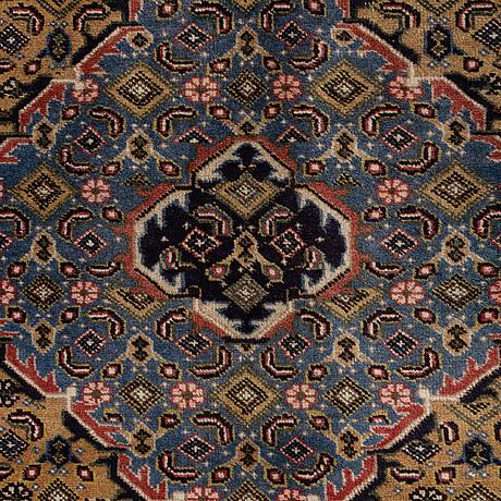 A carpet, tabriz, ca 285 x 195 cm.