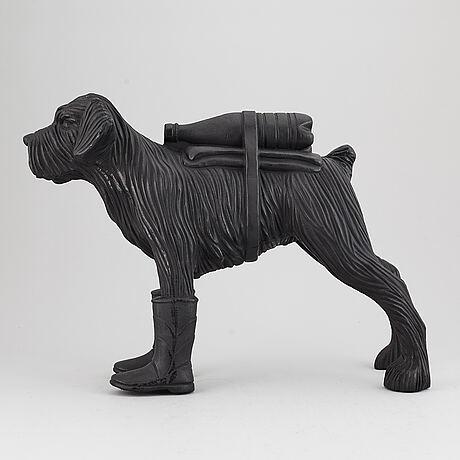 William sweetlove, skulptur, plast, signerad 13/200.