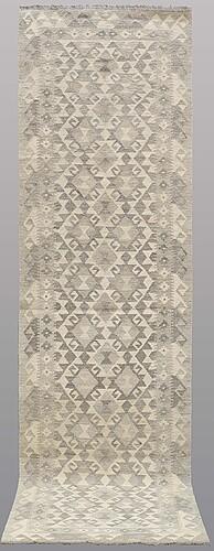 Gallerimatta, kelim, ca 290 x 83 cm.