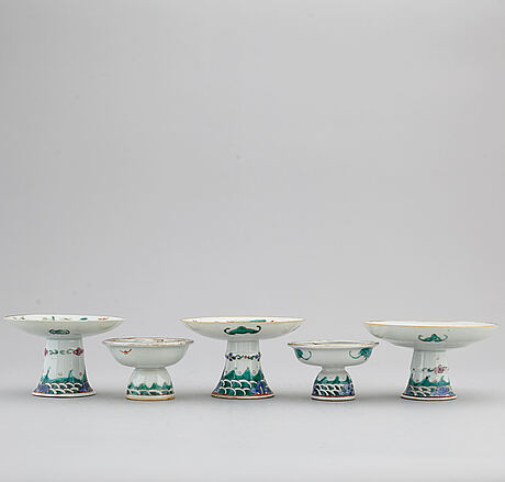 Five famille rose tazzas, qing dynasty, 19th century.