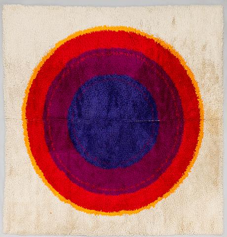 "Matto/ ryijymatto, ""panton ring"", højer eksport wilton, tanska 1960-luku. noin 255x245 cm."