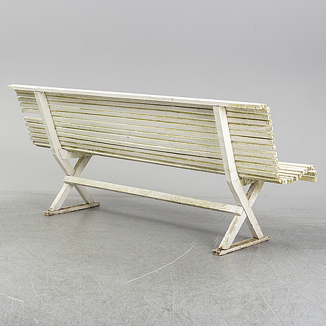 A garden sofa from the first half of the 20th century.