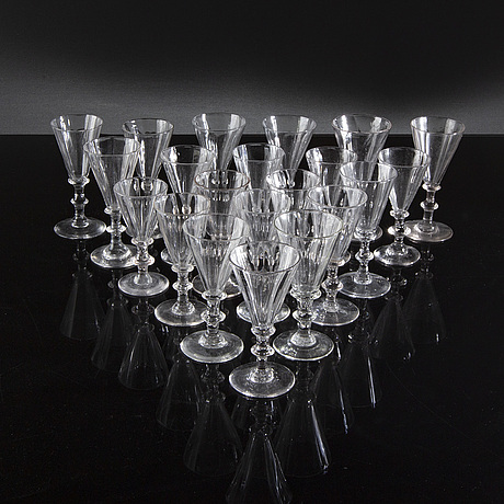 Paraplyglas / snapsglas, snarlika, 21 st, 1800/1900-tal.